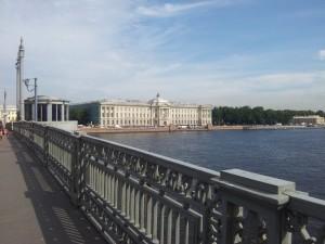 56) veduta della città da uno dei tanti ponti